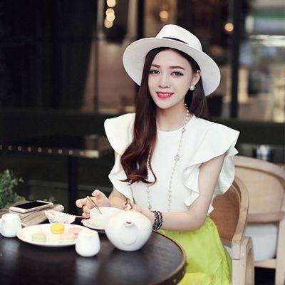 white hat for women