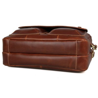 Large Capacity Messenger Bag-Bottom