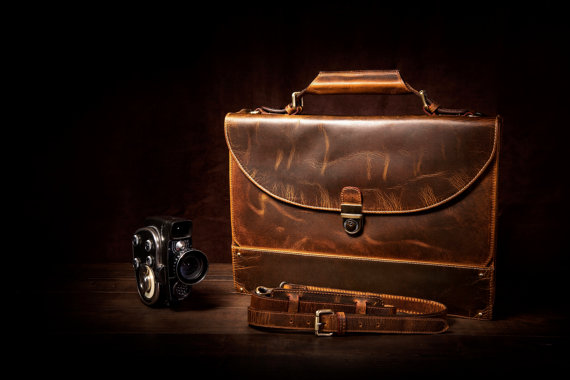 Leather Satchel Upgrades the Vintage Look