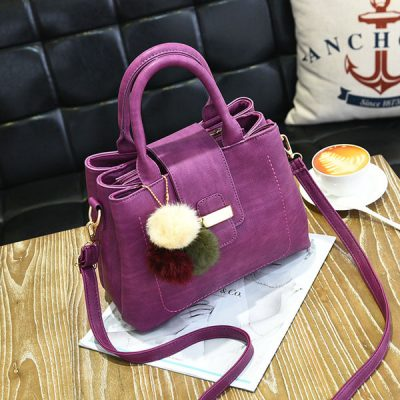 bucket bag to a large capacity space