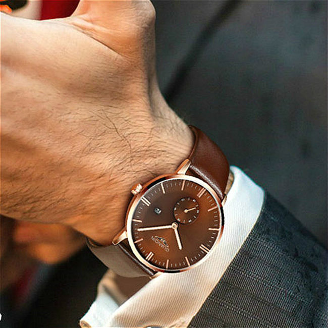 Leather Strap Watch is Every Man Must Have in Their Wardrobe